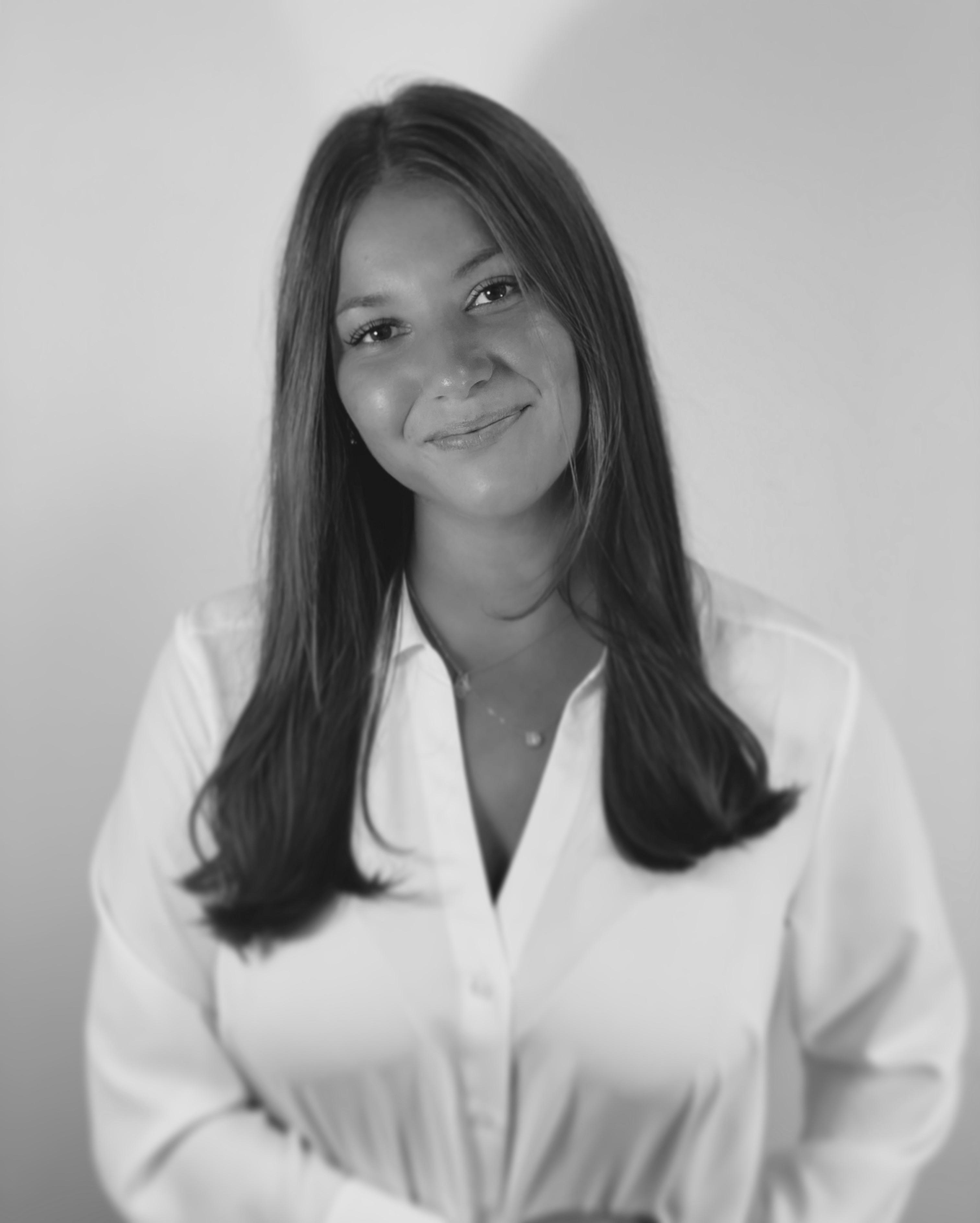 Darya Darvishi (Projektkoordinator & Marknadsansvarig)